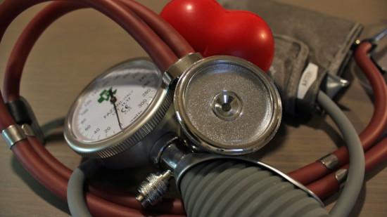 Das Bild zeit Blutdruckmessgeräte